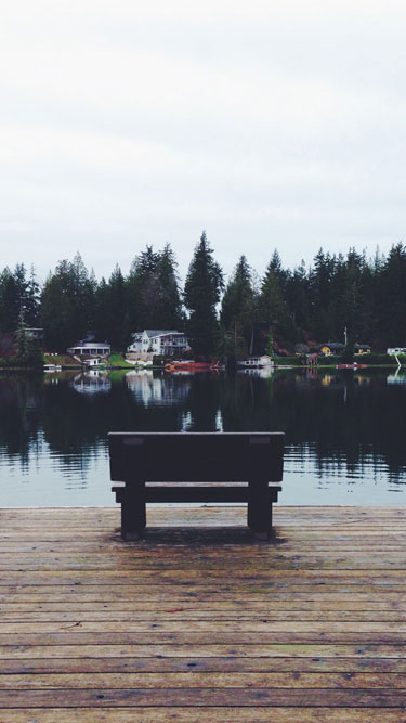 Wallpaper 2: Bench on the Lost Lake in Shelton, WA, USA.